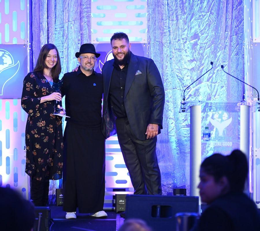 Edelman, WNBA accepts Shorty Award at the 4th Annual Shorty Social Good Awards